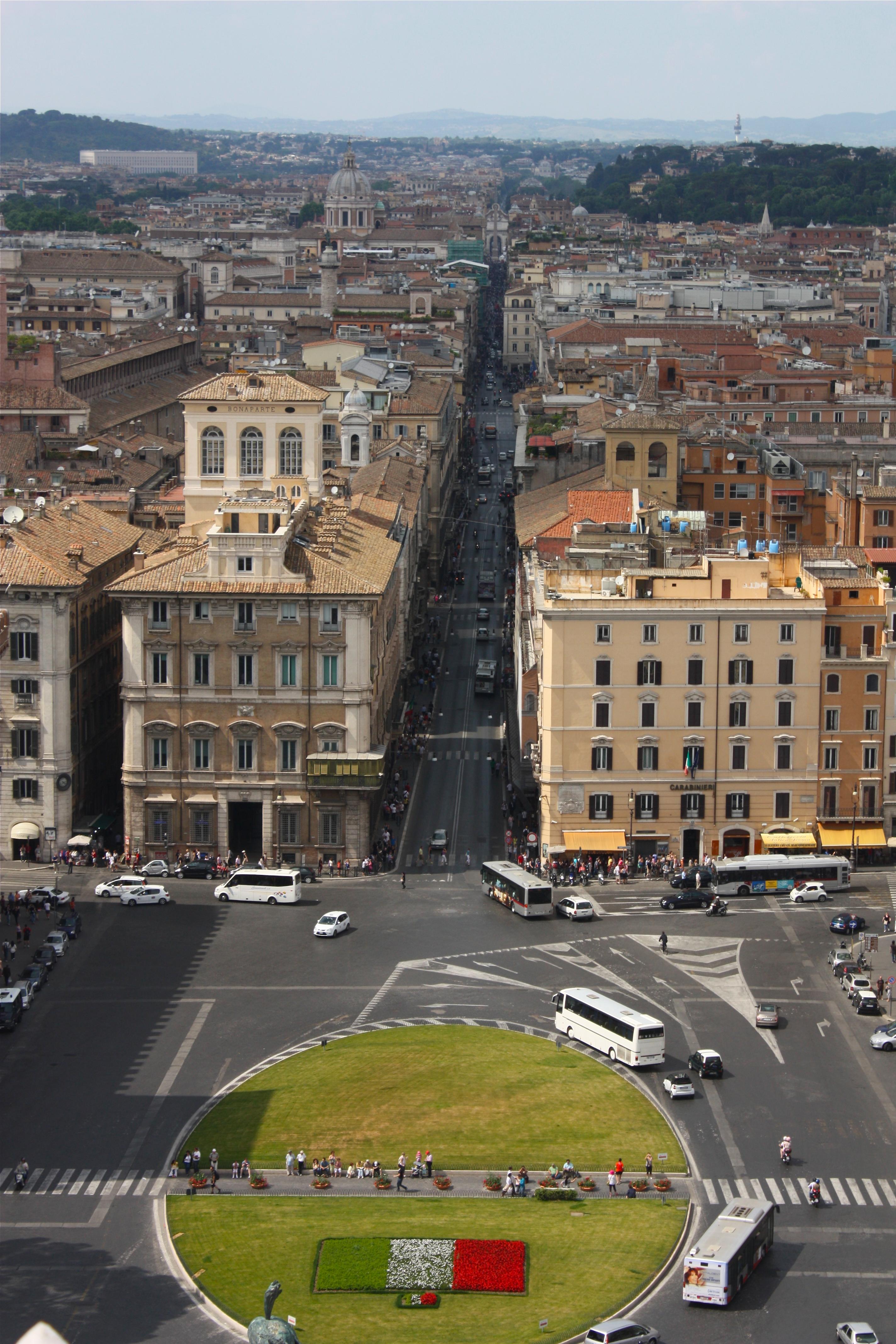 Rome Piazza Del Cake Ideas and Designs